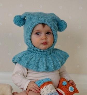 Такая шапка сочетает в себе достоинства шапки и шарфа, что особенно удобно для детей, наматывать.